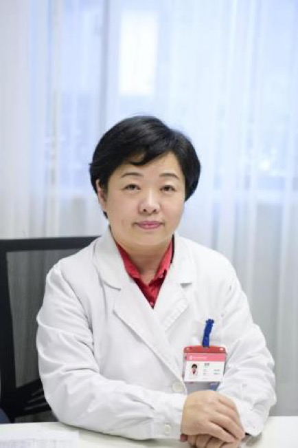 67岁孕妇成功产子,生殖医生并不建议这么做!高龄女性生育风险详解