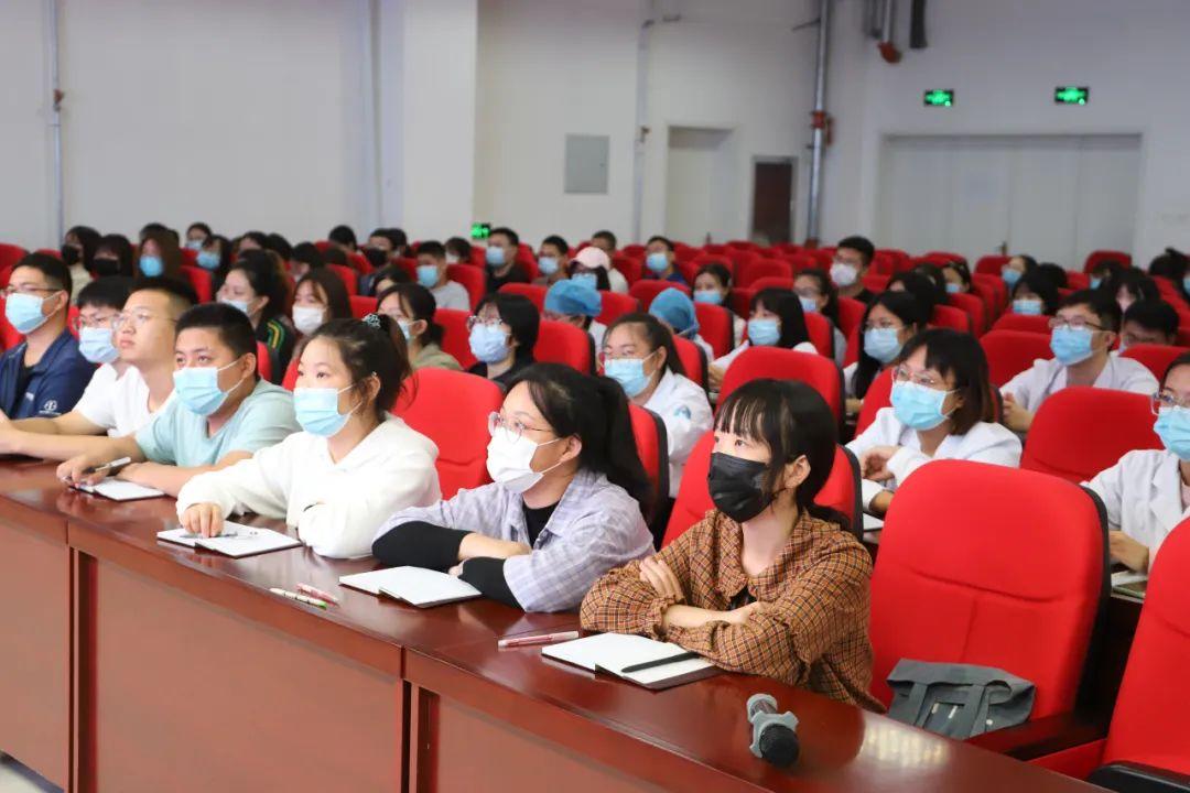 玉田县中医医院举行 2020 年度新员工和临床教学基地学生岗前培训