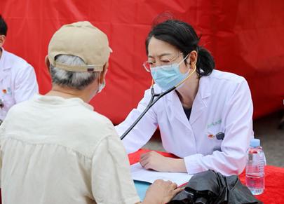 南方科技大学医院开展世界高血压日义诊活动