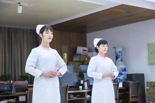创新服务,树最美护士形象