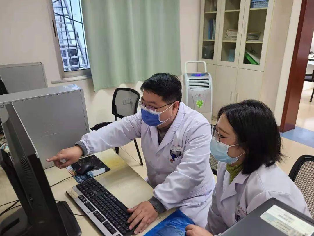 女子患上「肺癌」被判死刑,专家「隔空」问诊妙手回春!