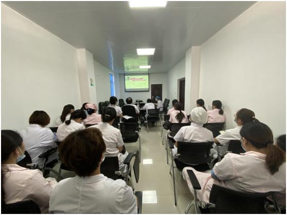 华润武钢总医院专家坐诊钢花街社区卫生服务中心 为居民带来便利
