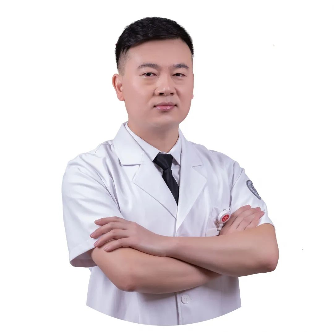 乳腺上长「包包」就是癌症吗?型男医生喊你来聊聊乳腺结节那些事儿