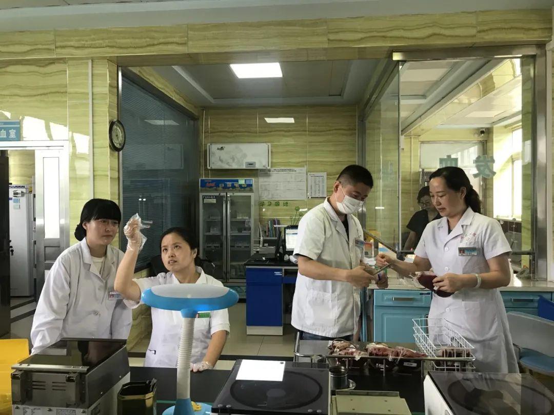 延安大学附属医院输血科完成一例疑难血型交叉配血