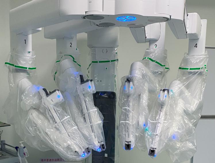 对付子宫内膜癌,「机器人」前哨淋巴结的精准切除