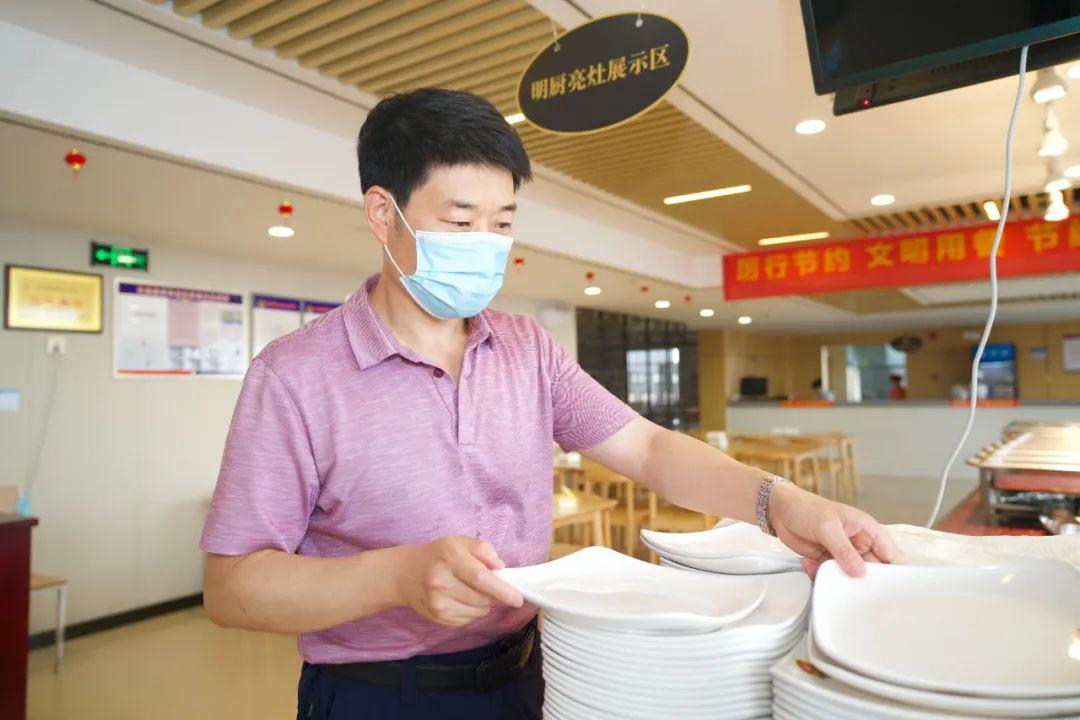 西安大兴医院张磊:不能摧毁你的,必将使你强大