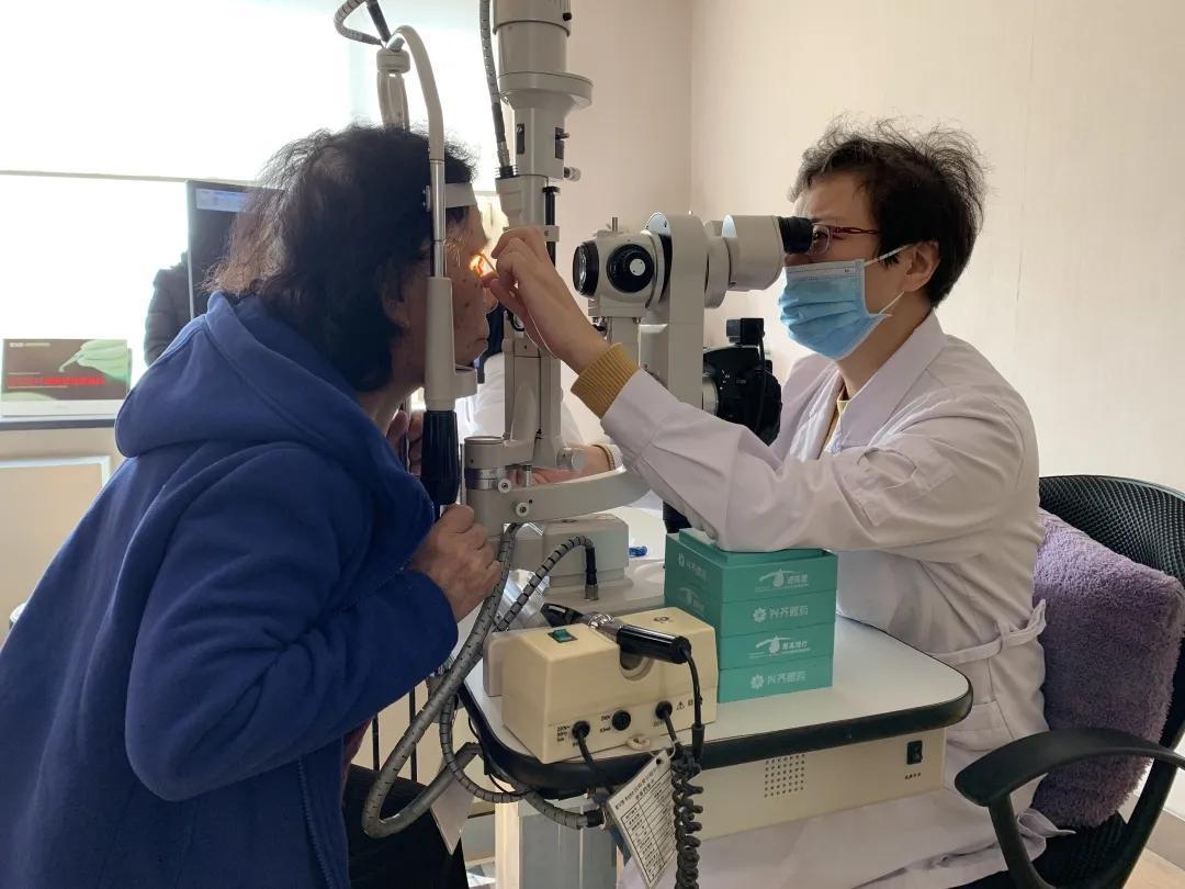 这 4 件事易伤害眼角膜,做之前千万要谨慎!