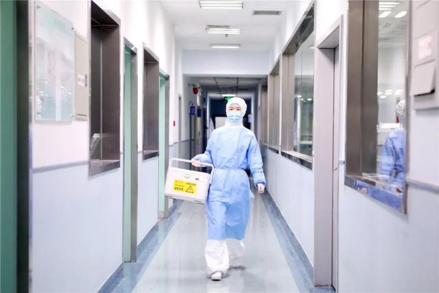 庆祝建党 99 周年 「医瞬间」主题摄影展