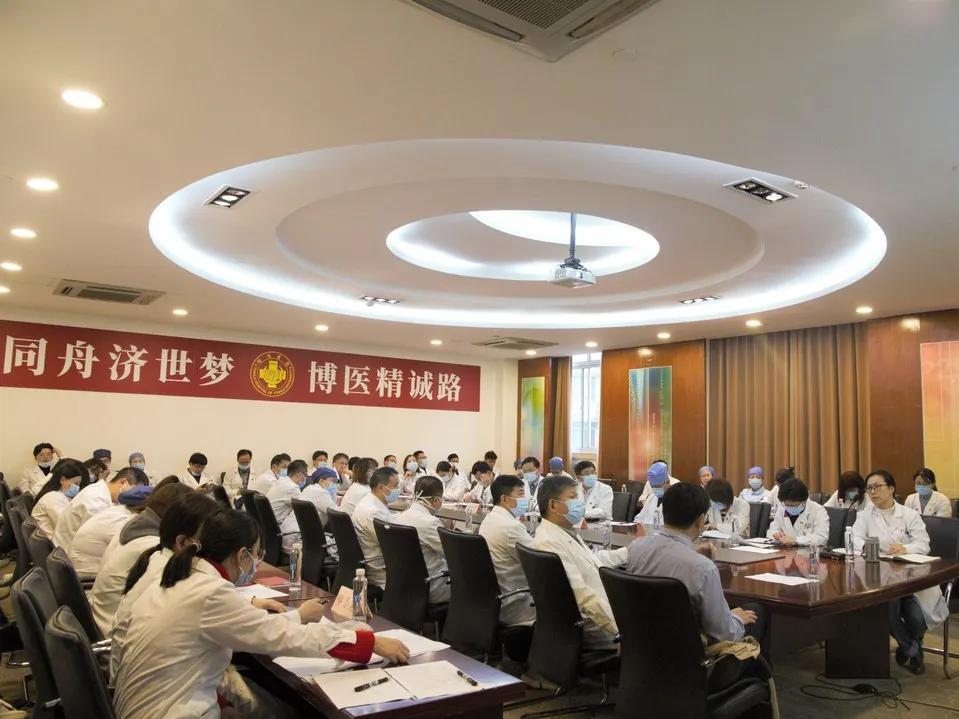 同济大学附属同济医院召开「党员示范岗」、「党员先锋岗」考评会