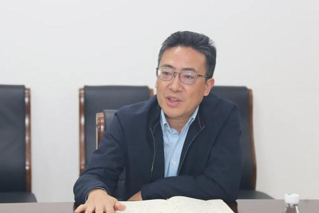 省医保局副局长彭波一行来院调研指导医保工作