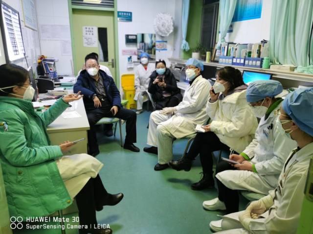 坚持在离疫情最近的地方战斗——延安大学附属医院李晖