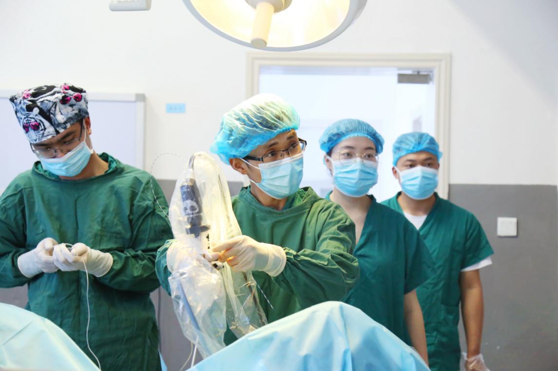 医联体深度合作,为基层同胞谋福利,为基层医生传帮带