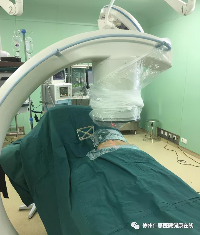 在骨科机器人辅助下轻松精准完成创伤骨科中的「最复杂手术」