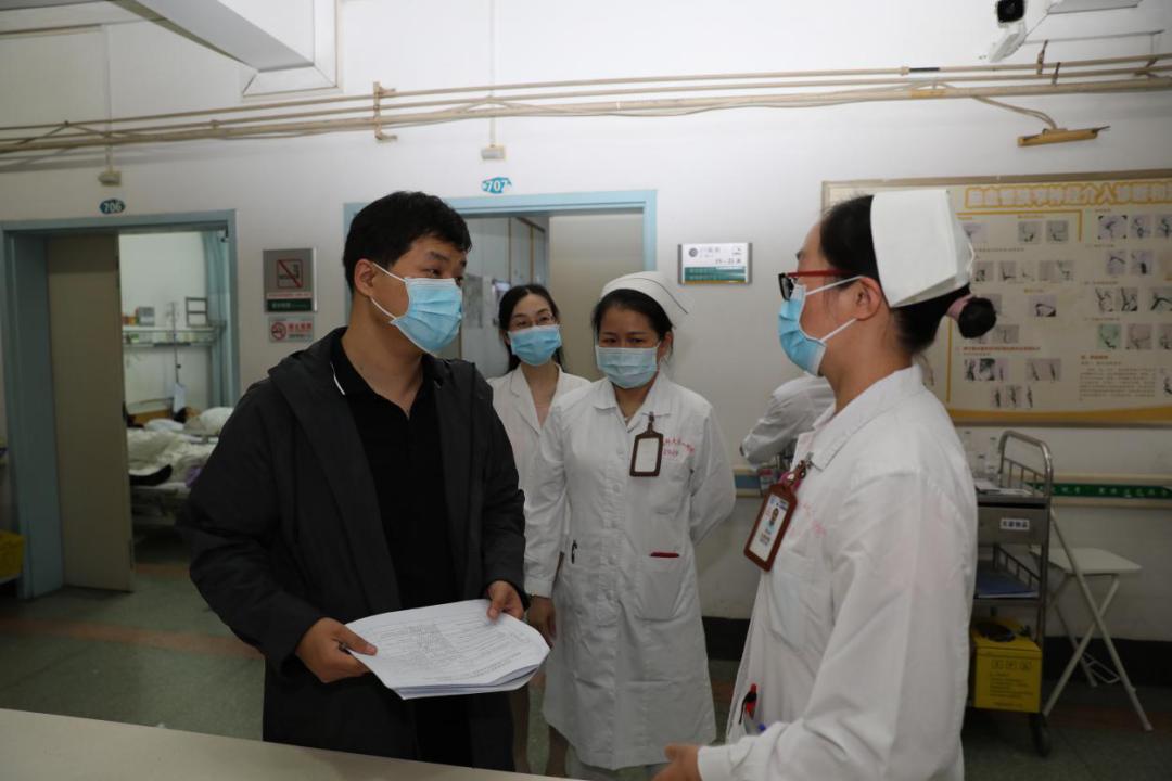国家卫生健康委专家现场指导广西医科大学第一附属医院建设工作