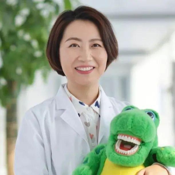 家人的喂养习惯,可能决定了孩子的牙齿整齐度