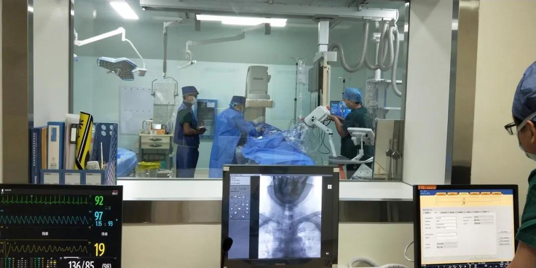 「介入新时代」——福建国药东南医院介入手术室全面启动