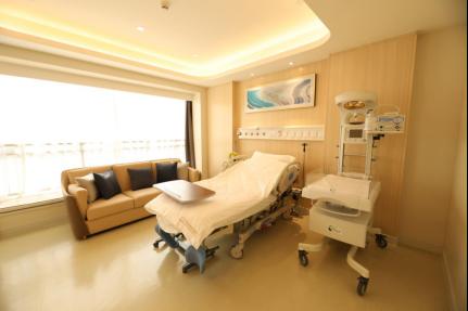 安和泰医疗专题(一)| 首席麻醉医师何建伟:让妈妈们免受「阵痛」,优雅迎接新生