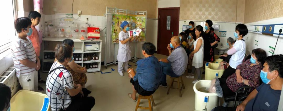 微笑抚慰心灵,教育携手同行:玉田县中医医院内三科提升护理服务新举措