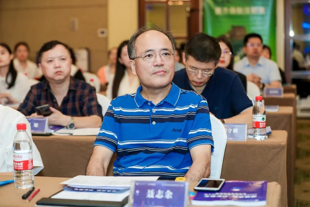 上海市同济医院医师在全国神经系统疾病病例大赛斩获佳绩