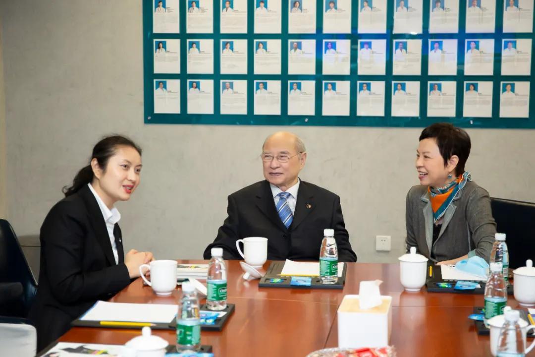 慈善只有起点没有终点——陈霞拜访陆院士并与道培病友座谈