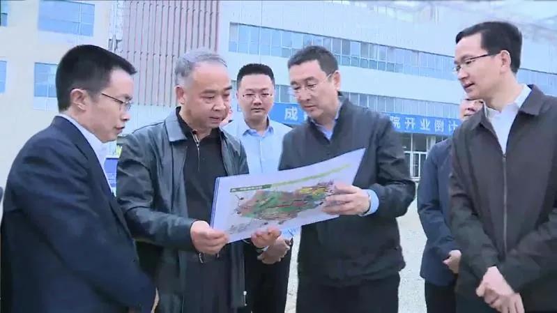 四川省委常委、成都市委书记范锐平赴成都京东方医院调研