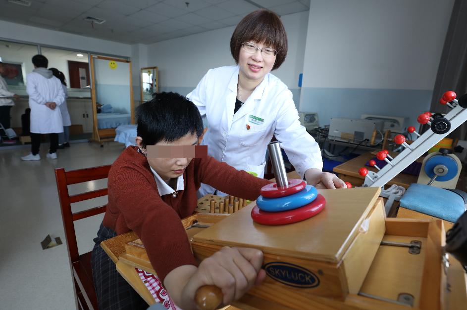 宜昌市第一人民医院:爱的力量,助脑卒中患者创造奇迹