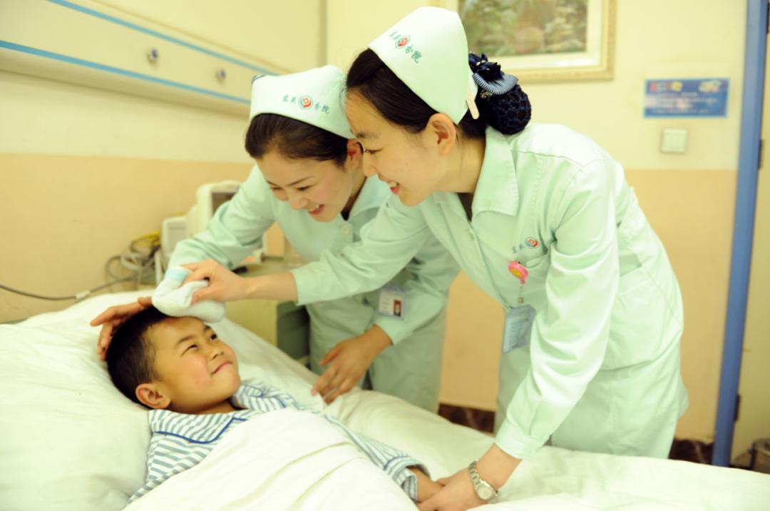 延安大学附属医院多措并举扎实推进新时代「十个没有」平安医院建设