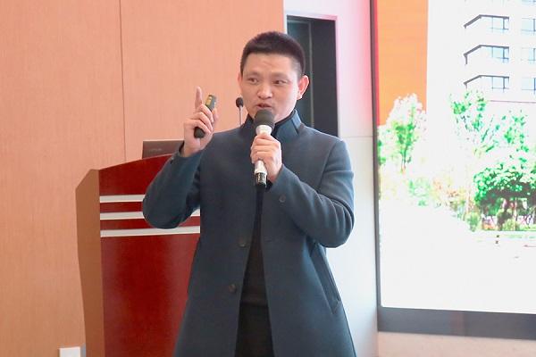 新方向,新未来——四川泌尿外科医院召开职工大会