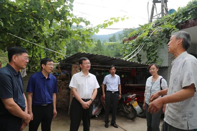 推进健康扶贫,助力全面小康——郑州大学第三附属医院专家团队走进卢氏县