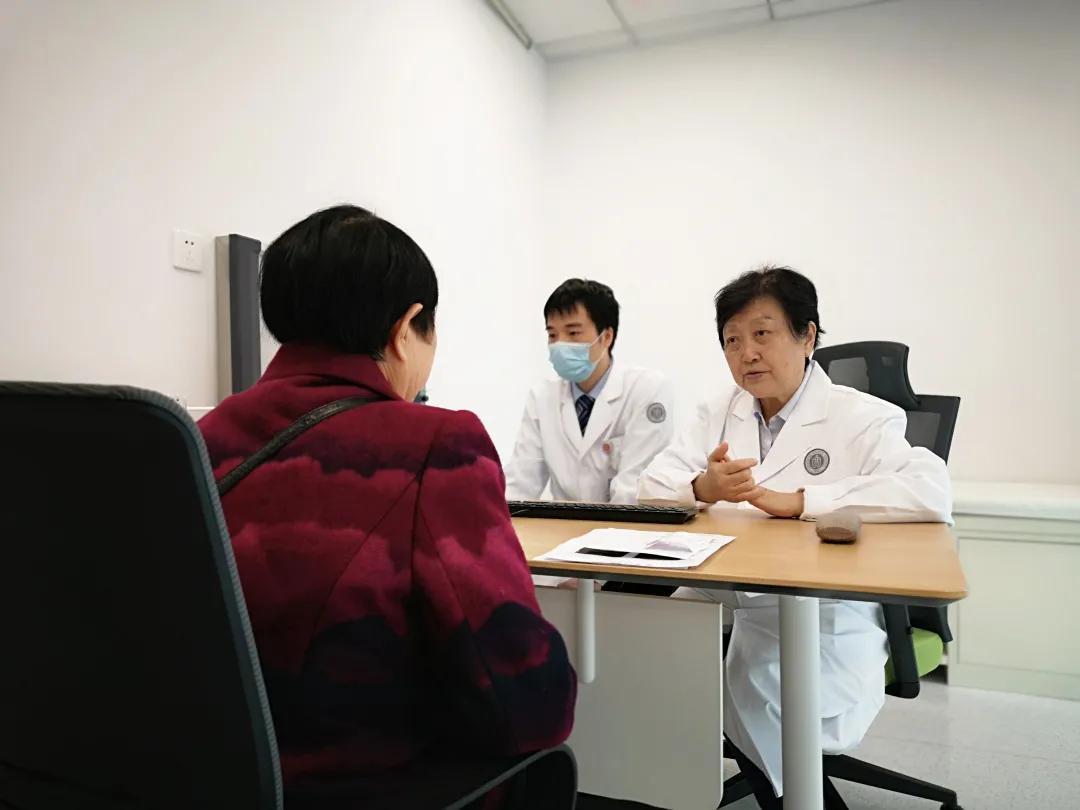 原第三军医大学西南医院神经内科李露斯教授,加盟重庆北部宽仁医院