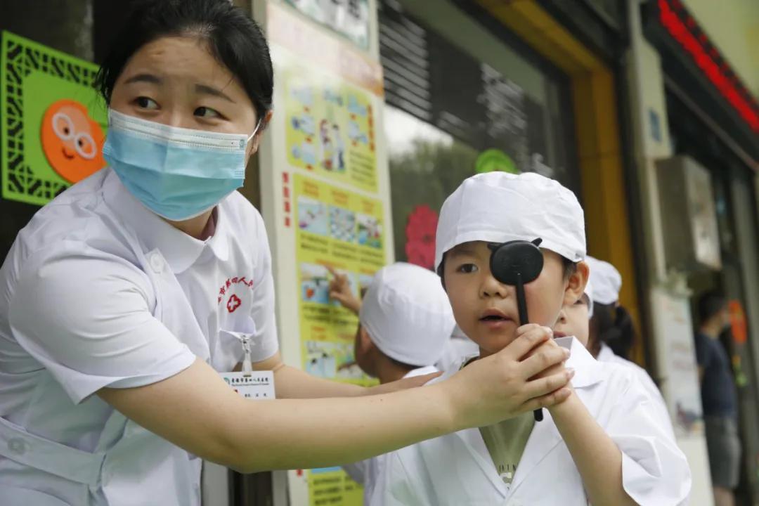 「我是眼科小医生」——常德市第四人民医院走进幼儿园