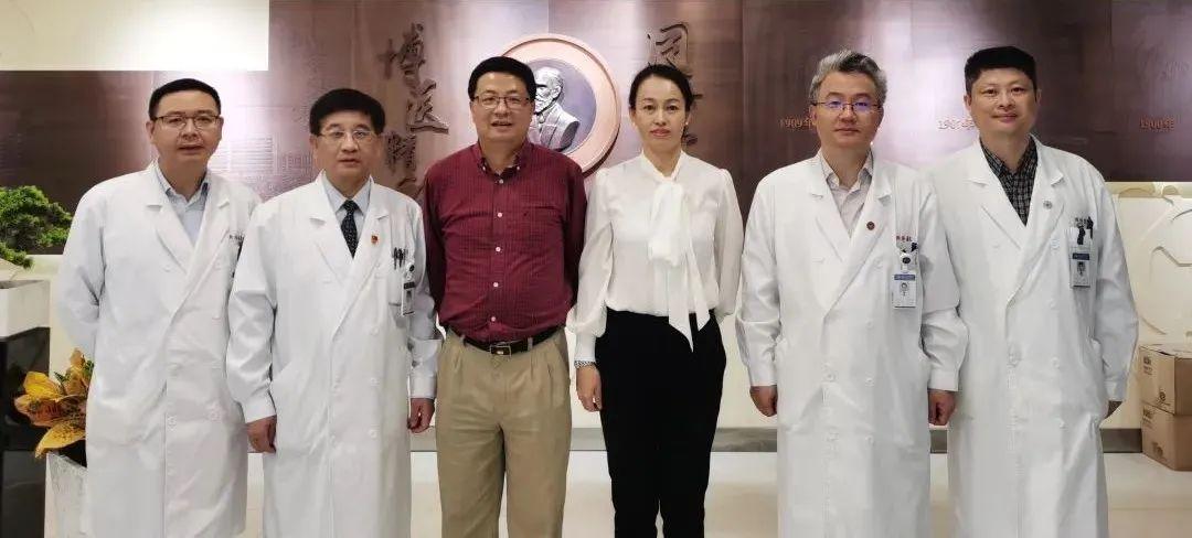 同济大学附属同济医院召开援摩医疗队员座谈会