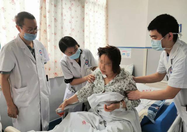 打通大脑生命线 绵阳市中心医院成功开展慢性颈动脉闭塞再通复合手术