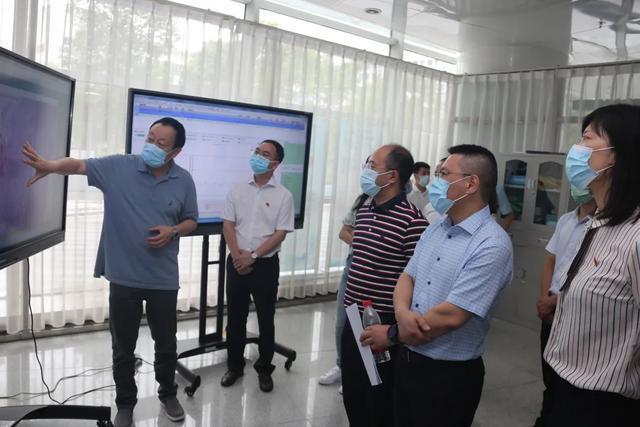 四川省卫生健康委信统处领导莅临绵阳市中心医院指导「互联网+医疗健康」