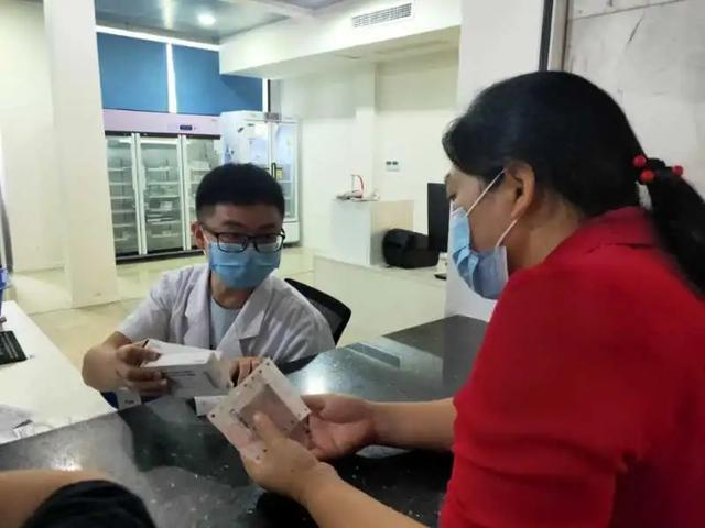【厉害了】岳池县人民医院门诊西药房取药系统全面升级!