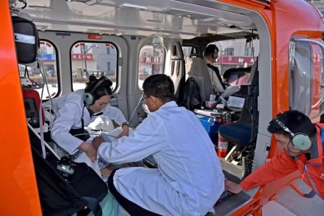 65 分钟!从横店到上海,横店文荣医院又一次完成空中生命接力