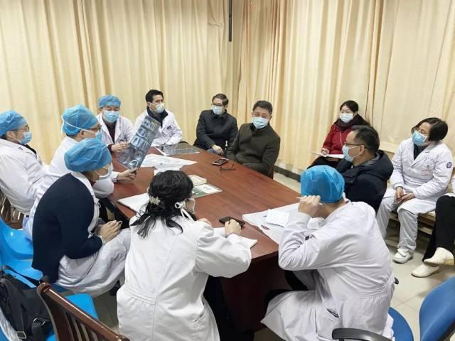 九江市中医医院:最美逆行守「前哨」 不辞辛苦为浔安