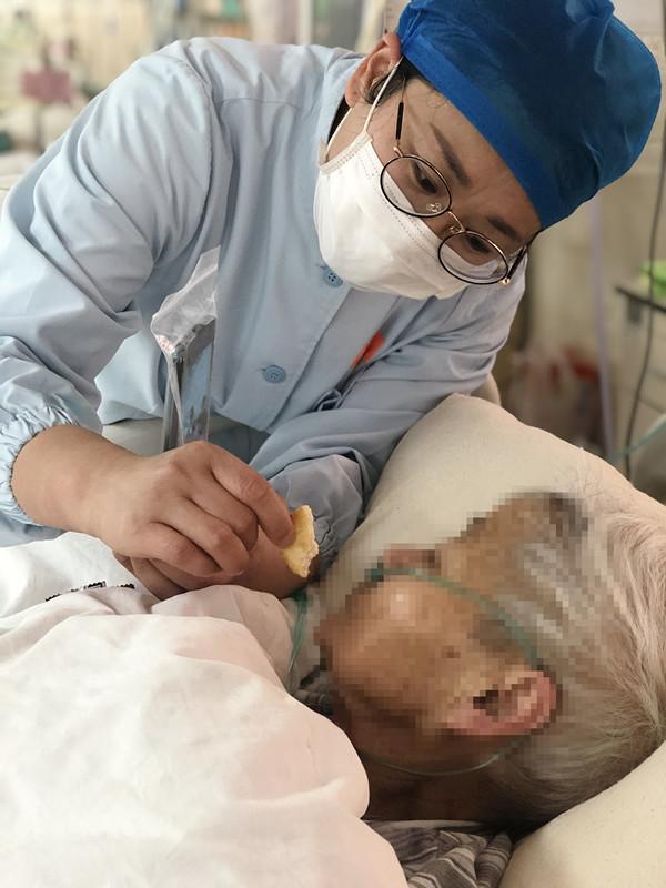 【战疫故事】疫情面前,折射出 ICU 人的天使情怀