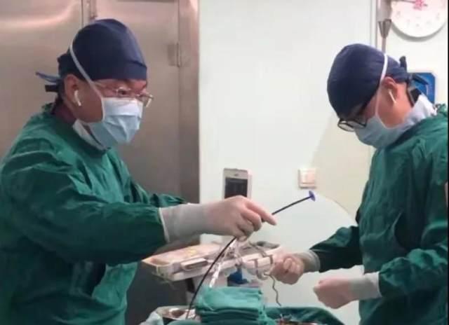 卵圆孔未闭介入封堵手术