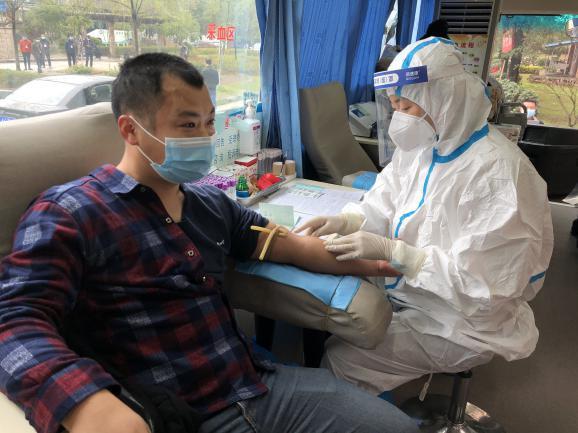 同济赤壁医院:用热血撑起患者生的希望