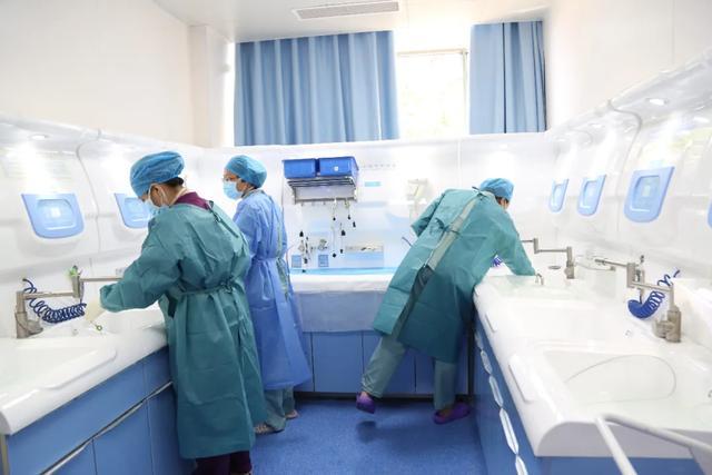 潍坊市人民医院内镜中心今日试运行