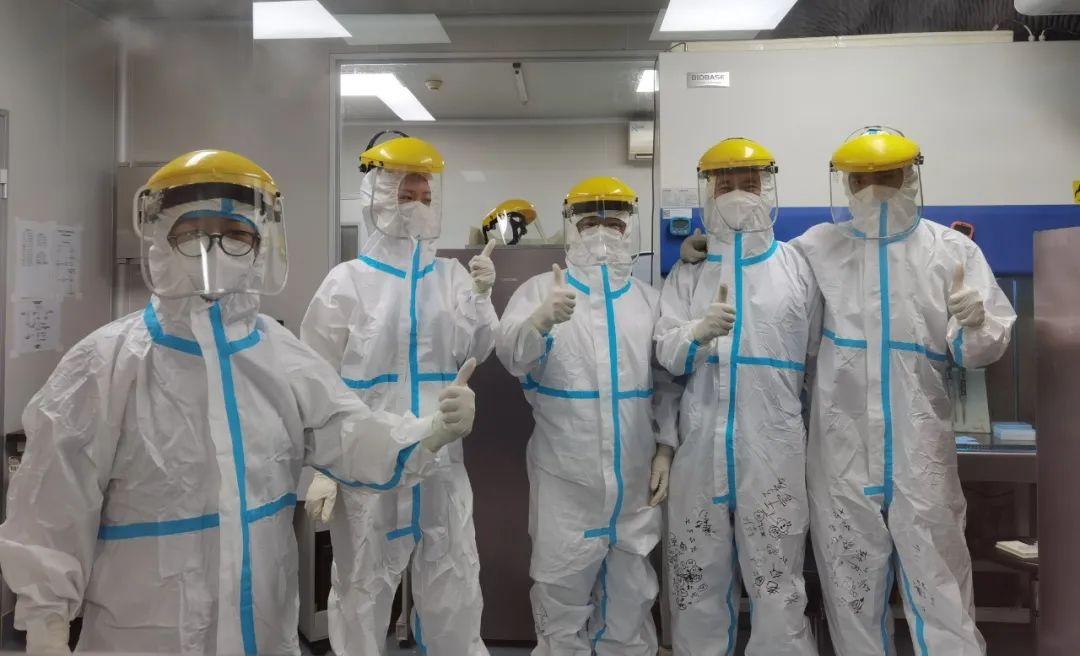 桂林医学院附属医院 196 名医务人员紧急支援阳朔县核酸采样 7463 人份,检测结果全为阴性