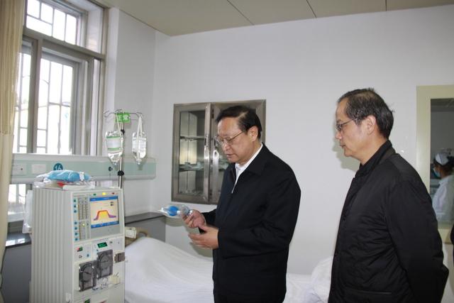 国家卫生计生委副主任王国强到云南省第三人民医院调研职业卫生工作