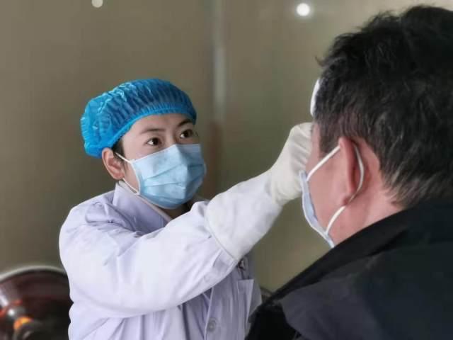平舆县人民医院的铿锵玫瑰方欣