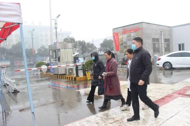 战「疫」一线 党旗飘扬丨孟津二院党员奋战抗疫前沿当好急先锋