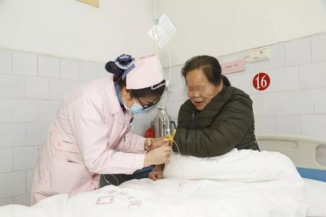 三江县健康扶贫惠民病房切实为贫困老百姓解决看病难、看病贵
