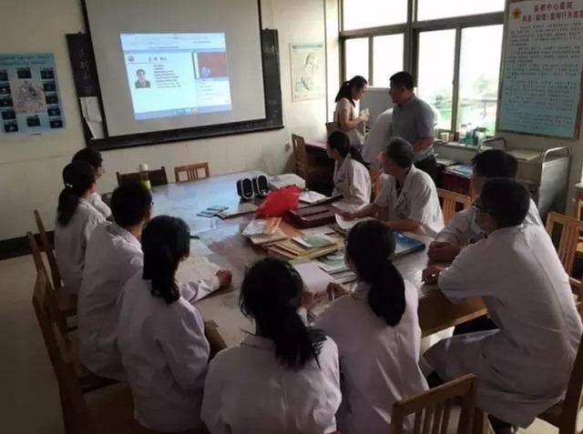 中日医院: 牵头举办第三期呼吸学科与危重症医学科主任研修班