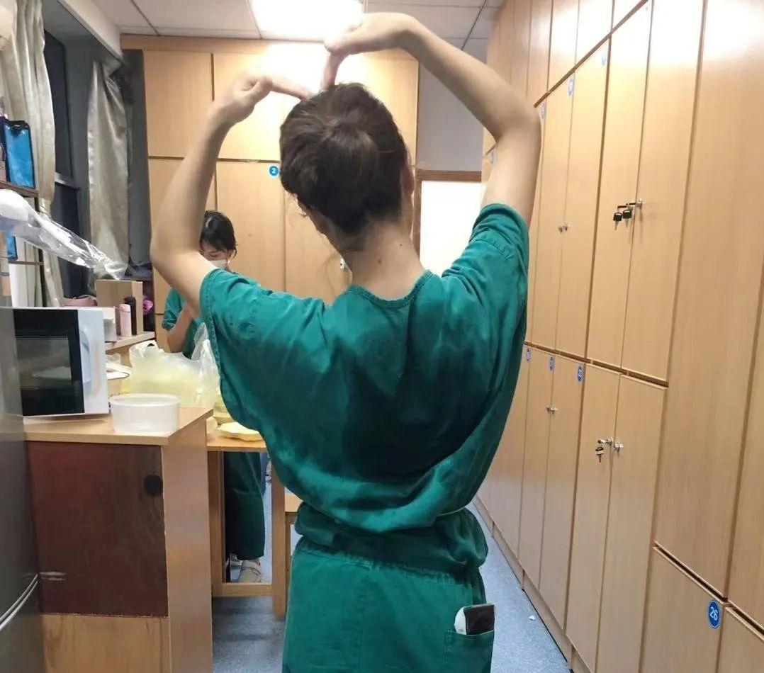 萤烛末光 不负白衣---援助扬州护士蔡冬青日记