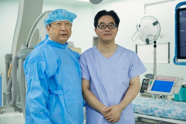 德达医院完成首例介入手术 葛均波院士悉心救治心脏病人