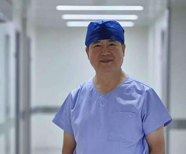 德达医院首例心脏手术 孙立忠教授主刀